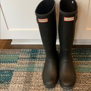 Black Hunter Boots size 7